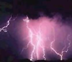 自然界にあるプラズマとは?雷